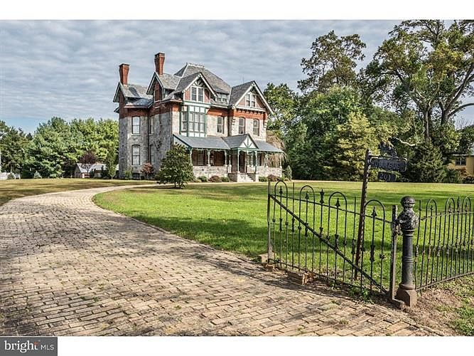 1884 Hollybush Victorian For Sale In Wenonah New Jersey
