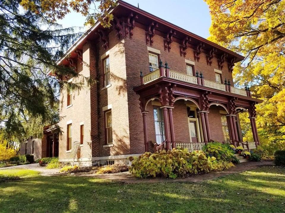 1861 Italianate In New Carlisle Indiana