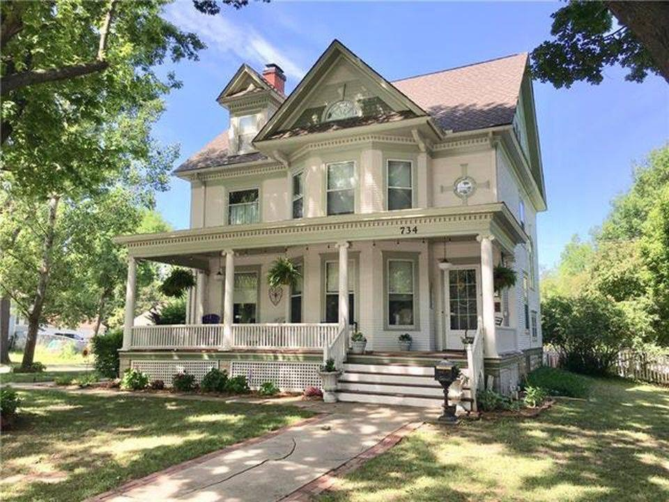 1897 Victorian In Ottawa Kansas