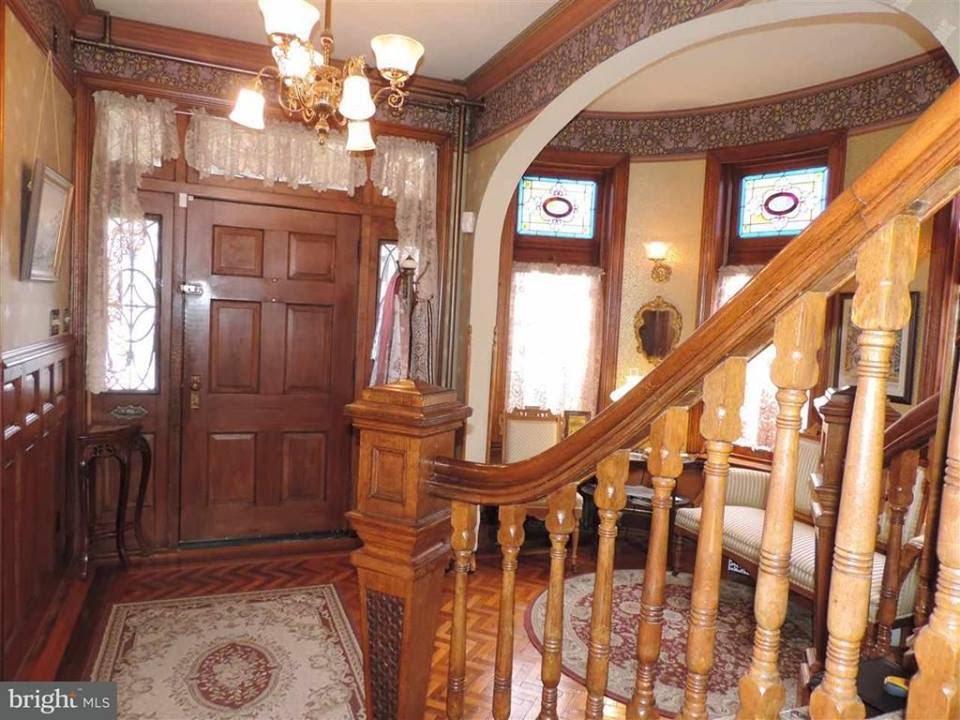 Pennsylvania 1887 Restored Queen Anne