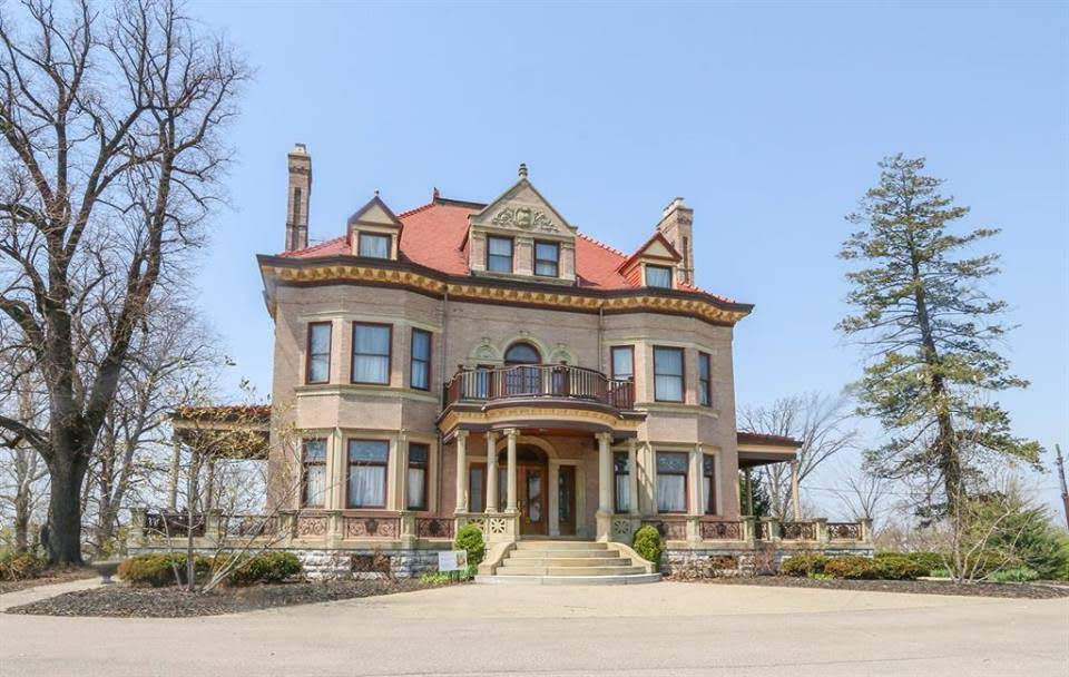 1900 Hauck Mansion In Sharonville Ohio