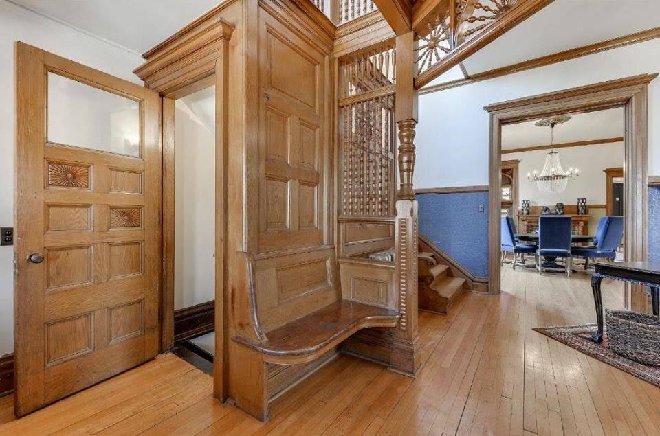 1900 Victorian For Sale In Saint Paul Minnesota