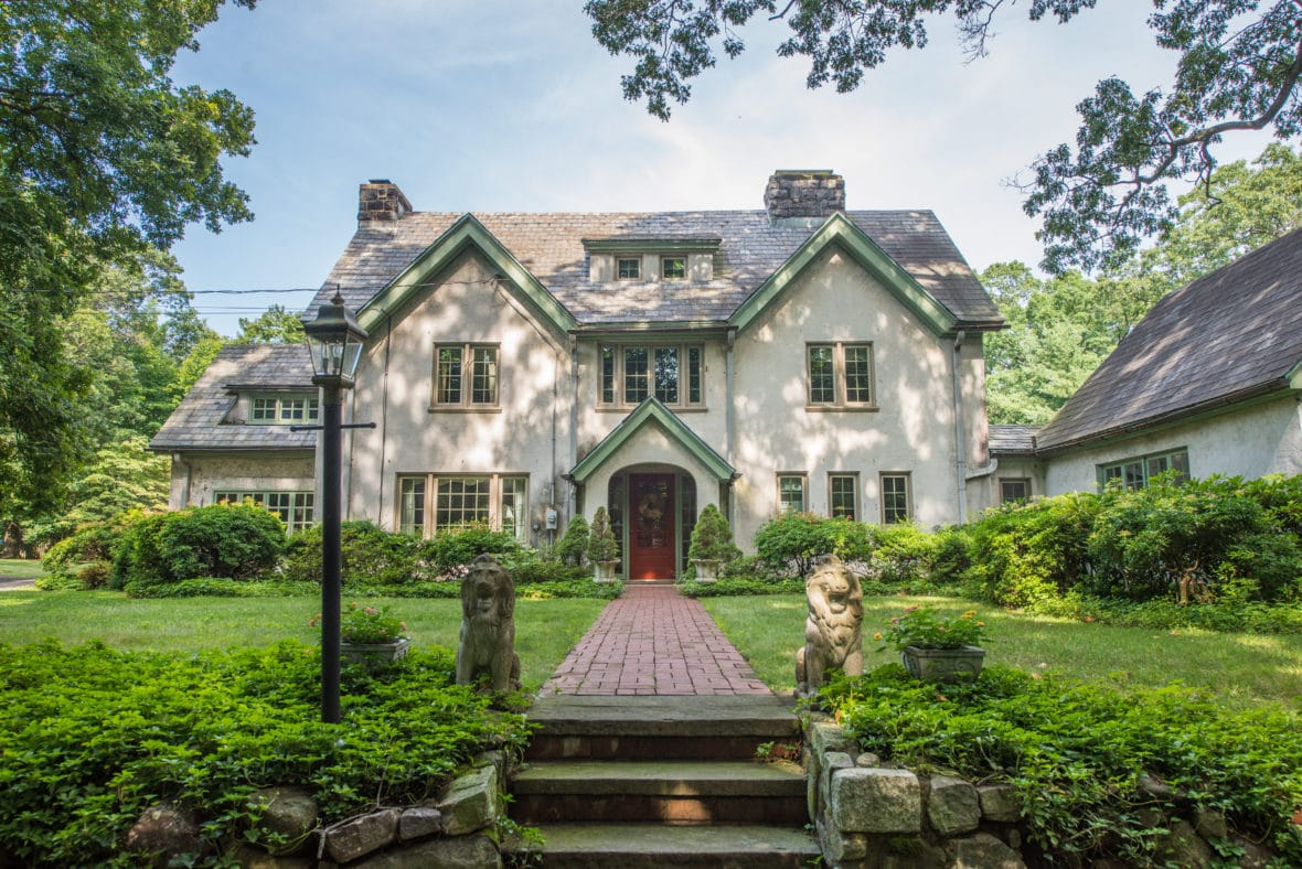 1900 English Country Style Manor In Boonton New Jersey