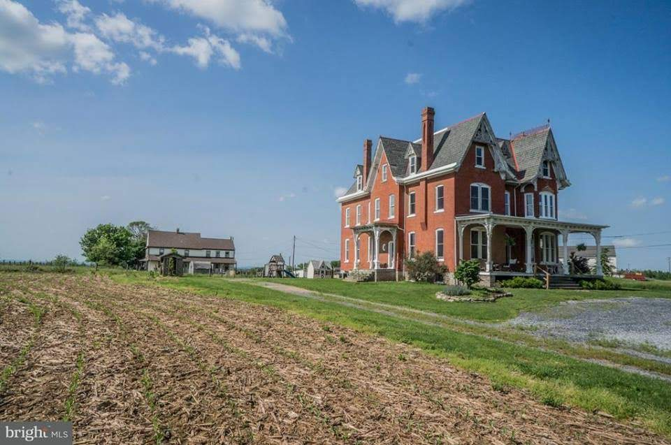 1909 Farmhouse For Sale In Willow Street Pennsylvania