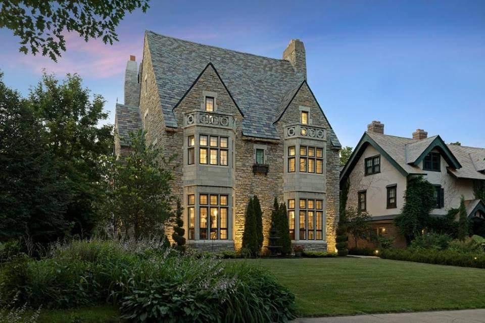 1925 Stone Mansion In Saint Paul Minnesota