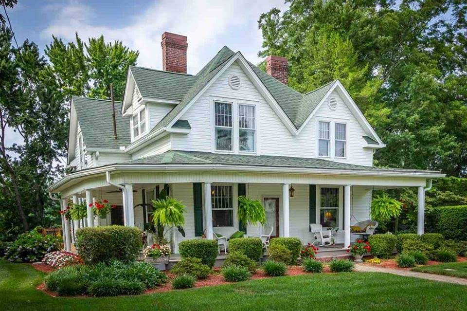 1914 Farmhouse In Morristown Tennessee