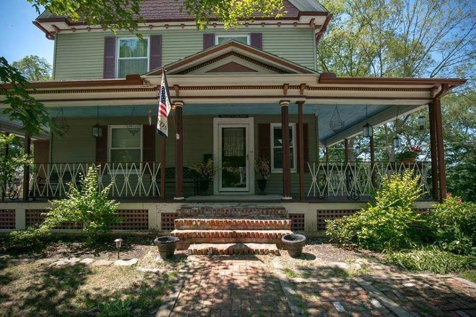1905 Victorian For Sale In Putnam Connecticut