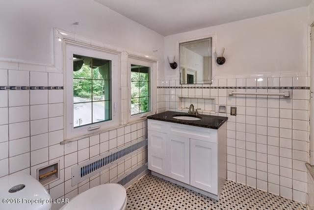 Mansion For Sale In Dallas Pennsylvania