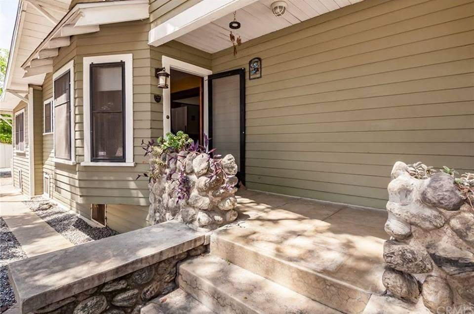 1912 Craftsman Style House For Sale In Redlands California
