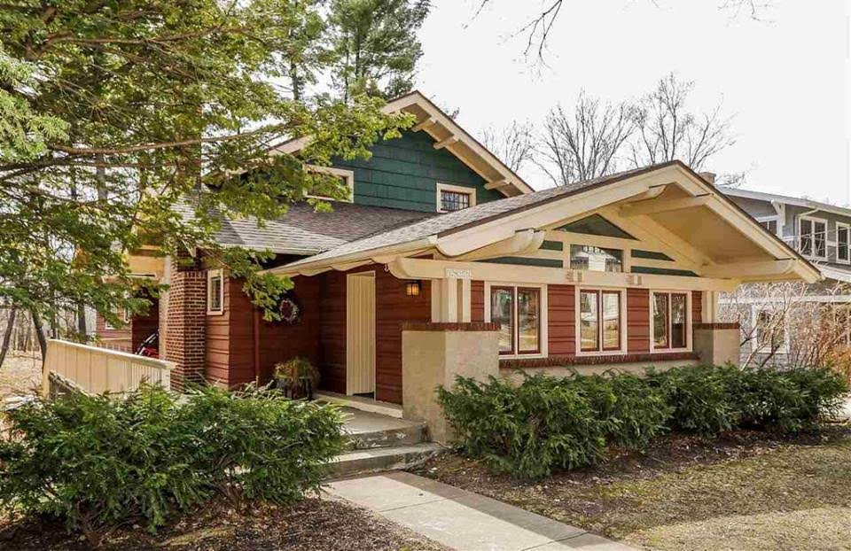 1912 Bungalow In Madison Wisconsin