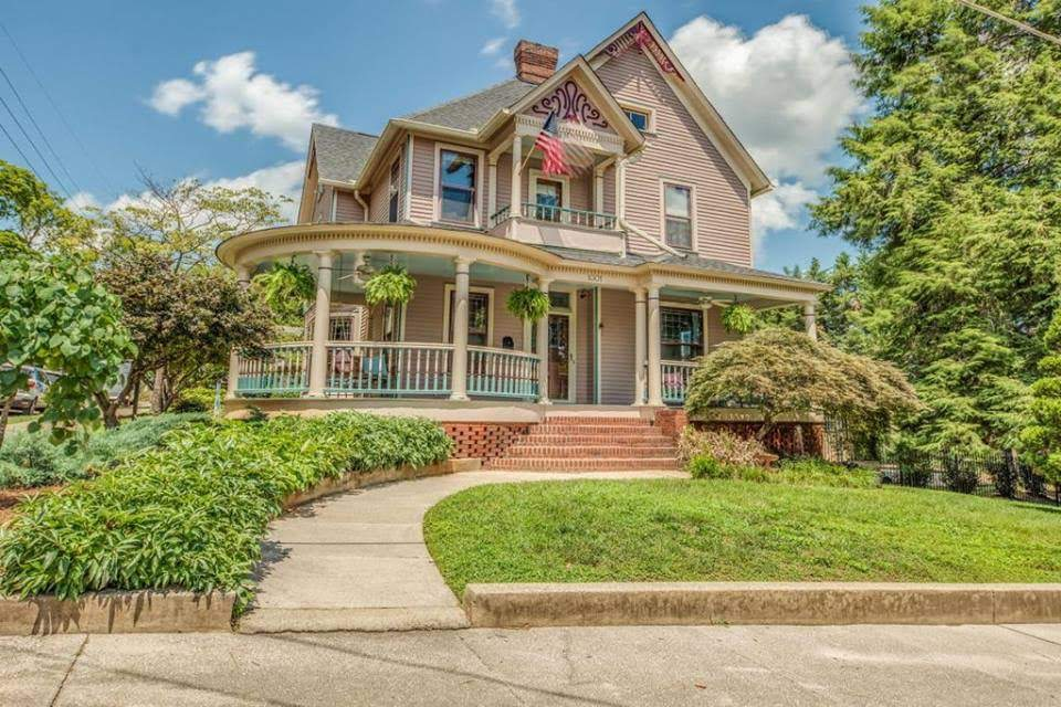 1898 Queen Anne In Knoxville Tennessee