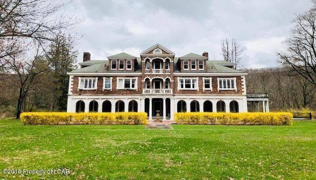 1920 Mansion In Falls Pennsylvania