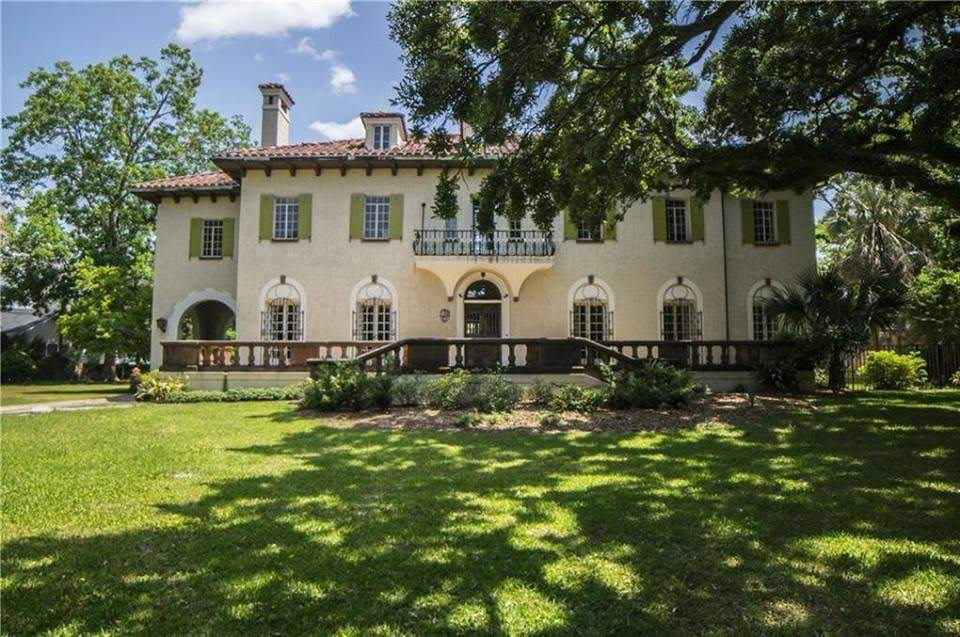1927 Spanish Colonial Mansion In Mobile Alabama