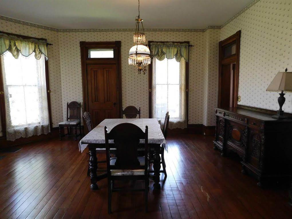 1860 Italianate For Sale In West Union Ohio