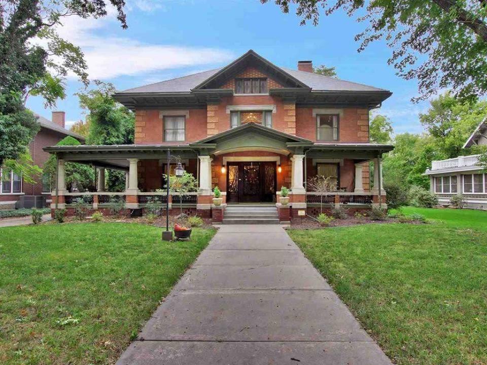 1912 Historic House In Wichita Kansas