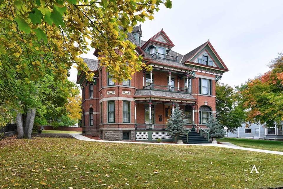 1887 Kohrs Mansion In Helena Montana