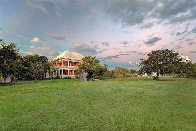1897 Historic House For Sale In Manor Texas