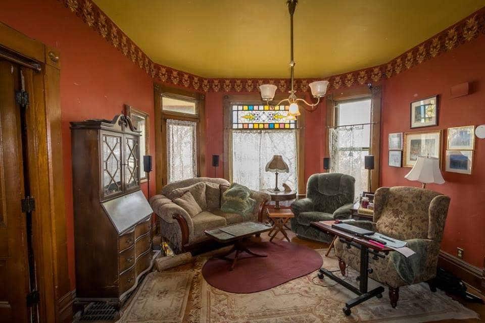 1884 Victorian For Sale In Dekalb Illinois