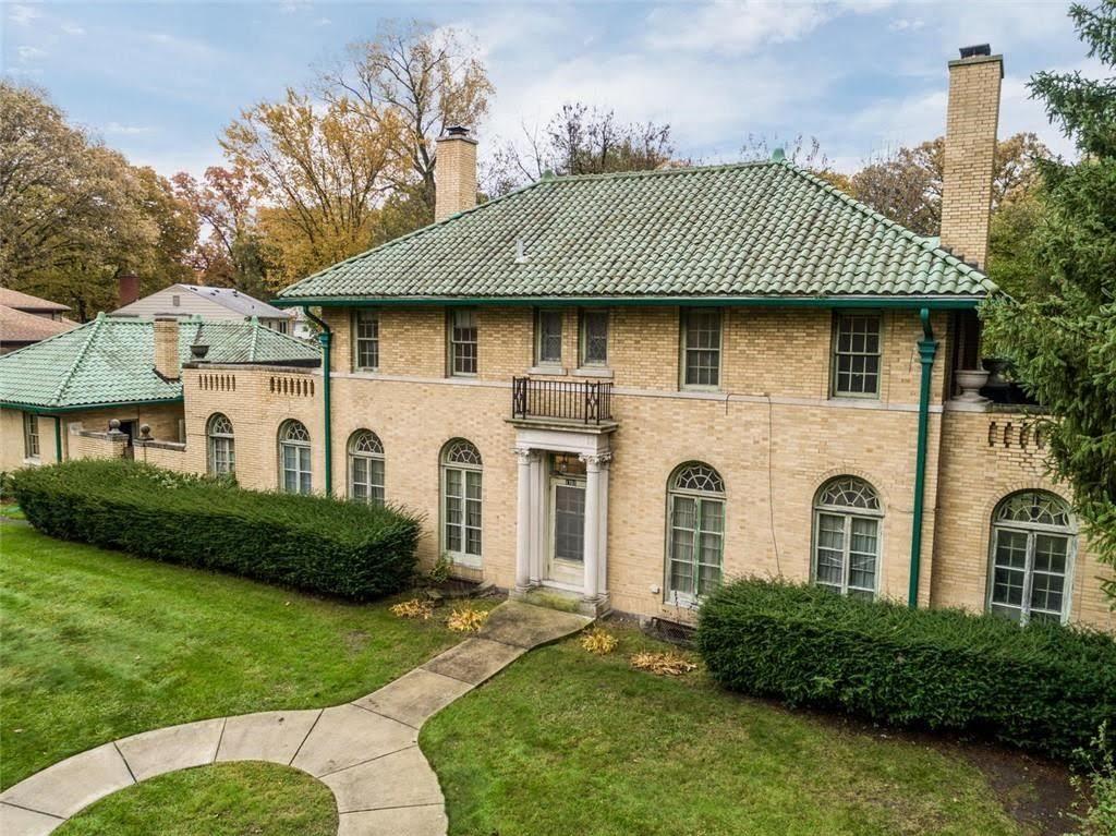 1922 Fixer Upper For Sale In Detroit Michigan