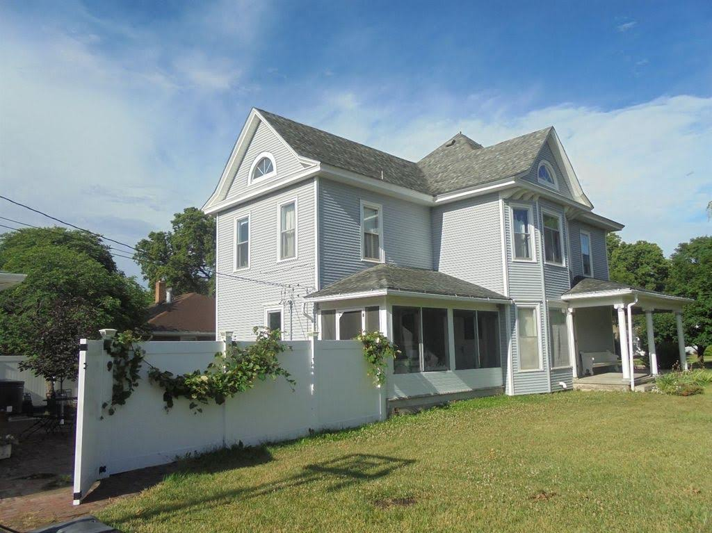1904 Victorian For Sale In Oberlin Kansas