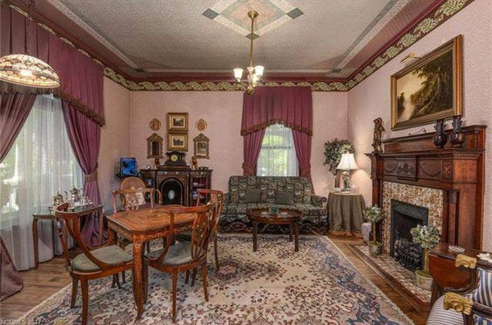 1899 Queen Anne For Sale In Asheville North Carolina