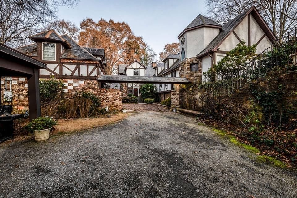 1922 Estate On 13 Acres For Sale In Knoxville Tennessee