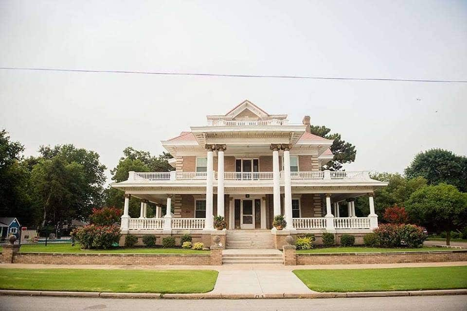 1910 McCristy-Knox Mansion In Enid Oklahoma
