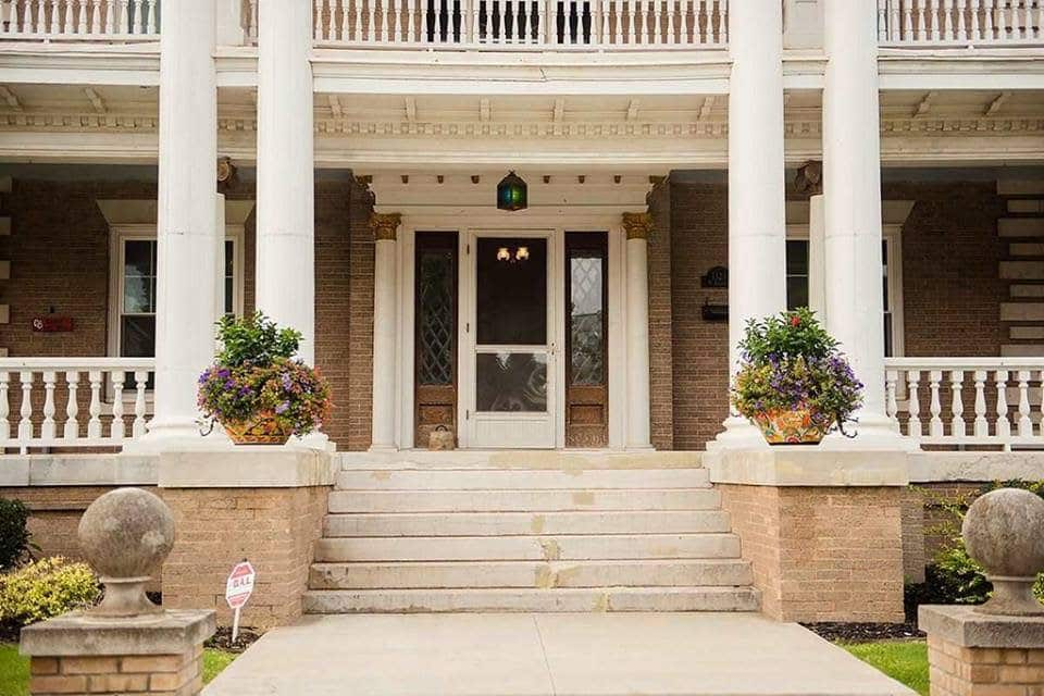 1910 McCristy-Knox Mansion For Sale In Enid Oklahoma