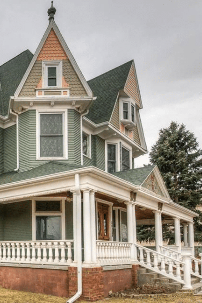 1890 Victorian For Sale In Council Bluffs Iowa