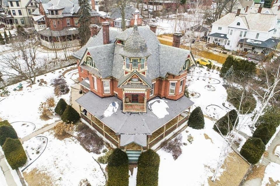 1880 Queen Anne For Sale In Holyoke Massachusetts