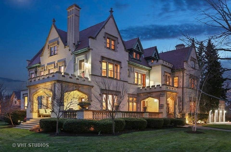 1905 Tudor Revival Mansion In Oak Park Illinois