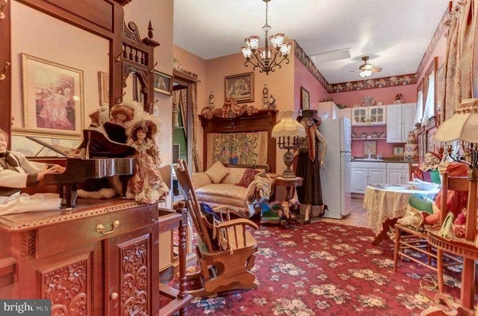 1884 Mansion For Sale In Abbottstown Pennsylvania
