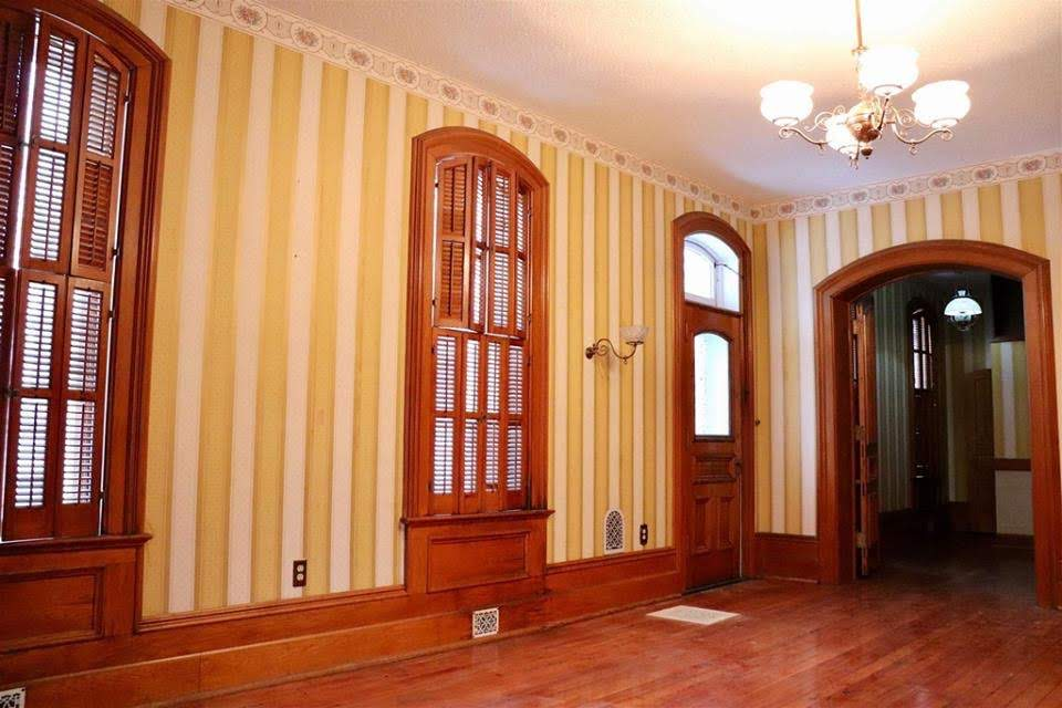 1886 Italianate For Sale In Lagrange Indiana