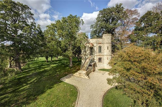 1769 Castle For Sale In Aylesbury England