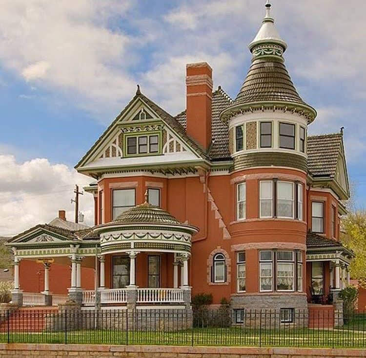 1903 Ferris Mansion For Sale In Rawlins Wyoming