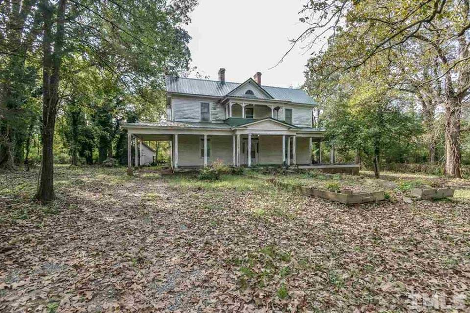 1900 Fixer Upper In Siler City North Carolina