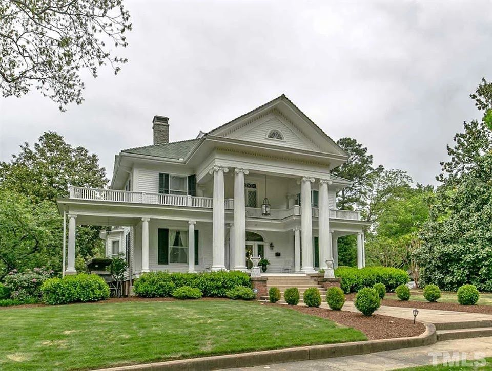 1908 Mansion In Oxford North Carolina