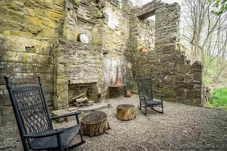 1700s Stone House For Sale In Esopus New York