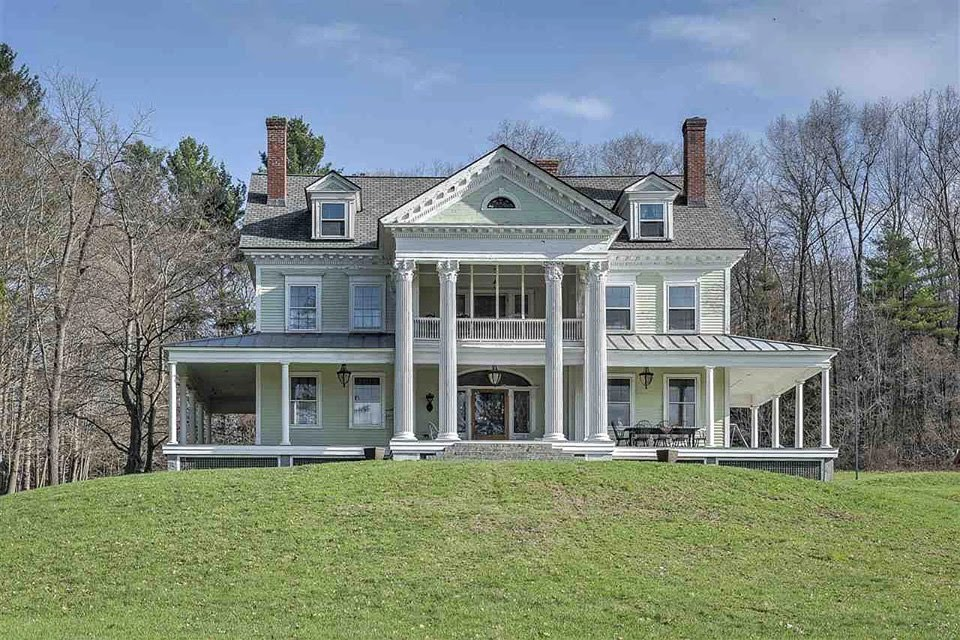 1910 Neoclassical In Walpole New Hampshire