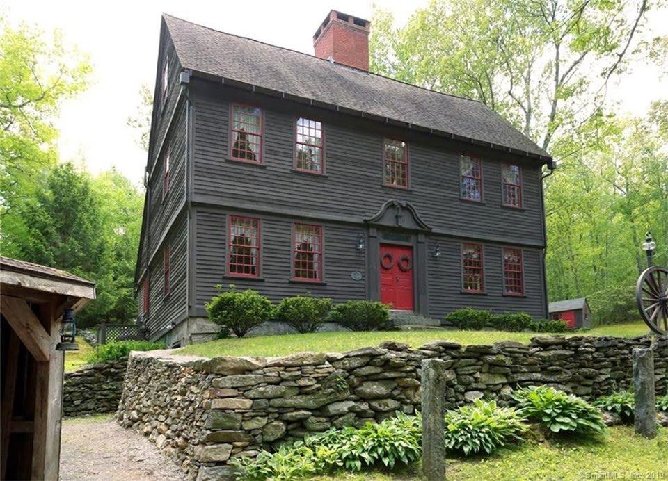 1740 Pre-Revolutionary Saltbox In Marlborough Connecticut