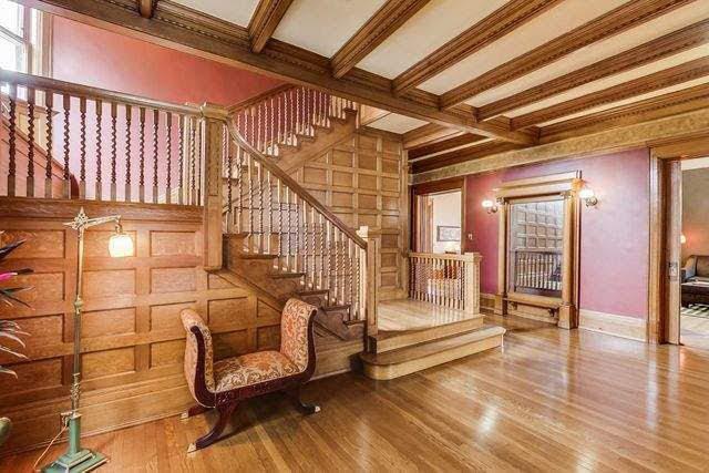 1892 Victorian For Sale In Oak Park Illinois