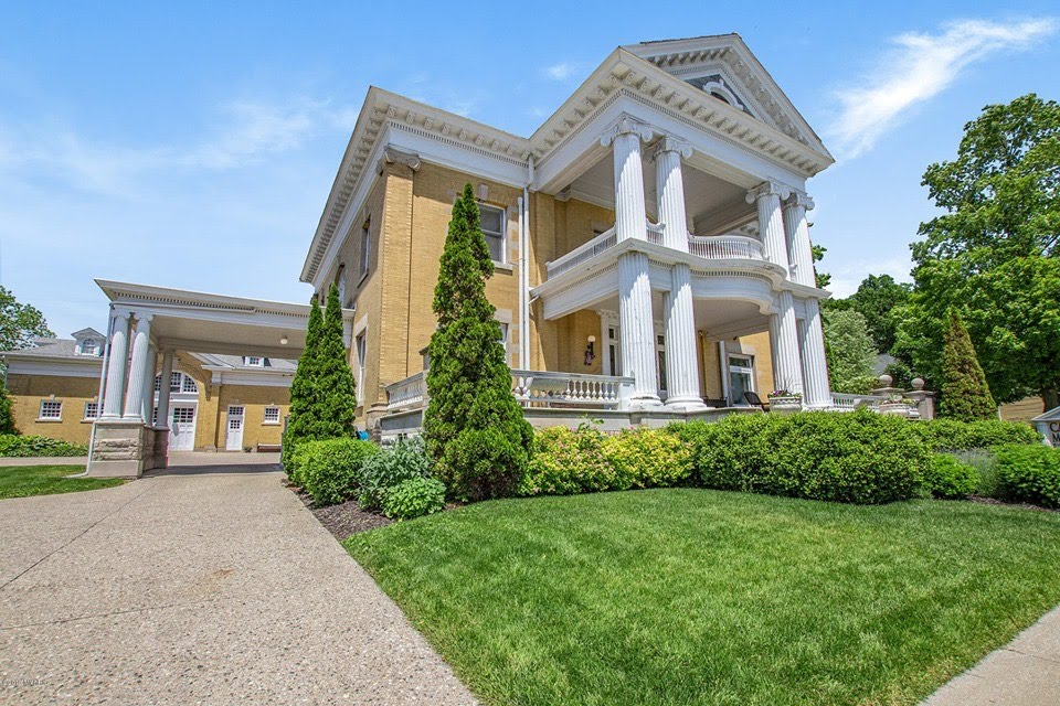 1905 Cartier Mansion For Sale In Ludington Michigan