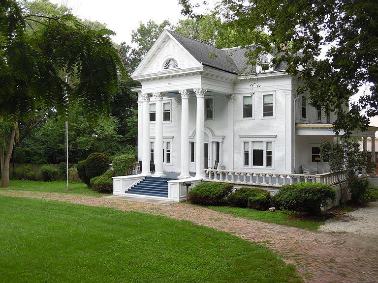 1903 Greek Revival For Sale In Watseka Illinois