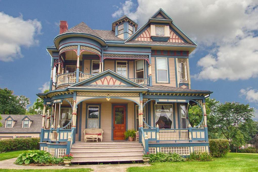 1897 Victorian In Osceola Iowa