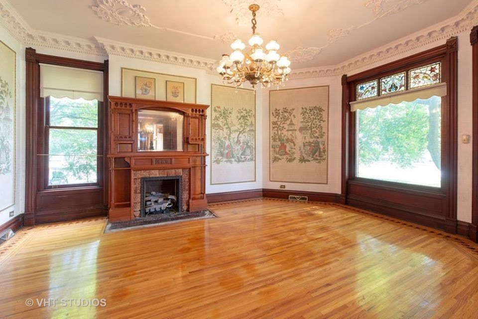 1886 Mansion For Sale In Sycamore Illinois