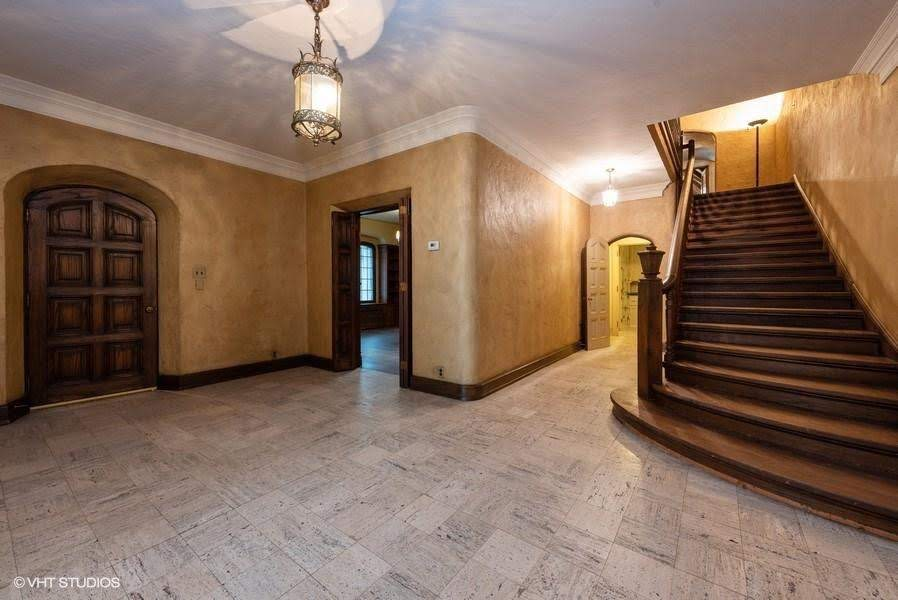 1927 Stone House For Sale In Manitowoc Wisconsin
