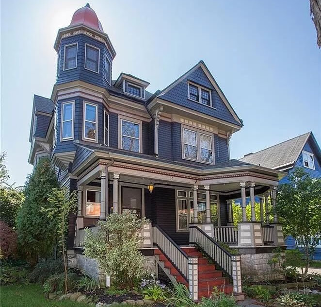 1900 Queen Anne In Buffalo New York