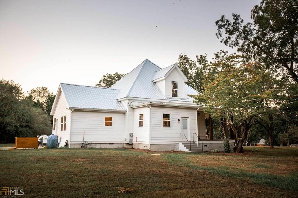 1897 Farmhouse For Sale In Newborn Georgia