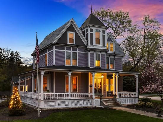 1873 Victorian In Nashua New Hampshire