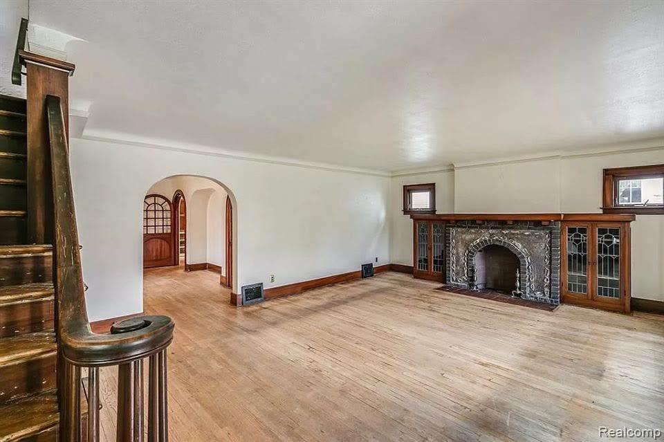 1923 Tudor Revival For Sale In Monroe Michigan